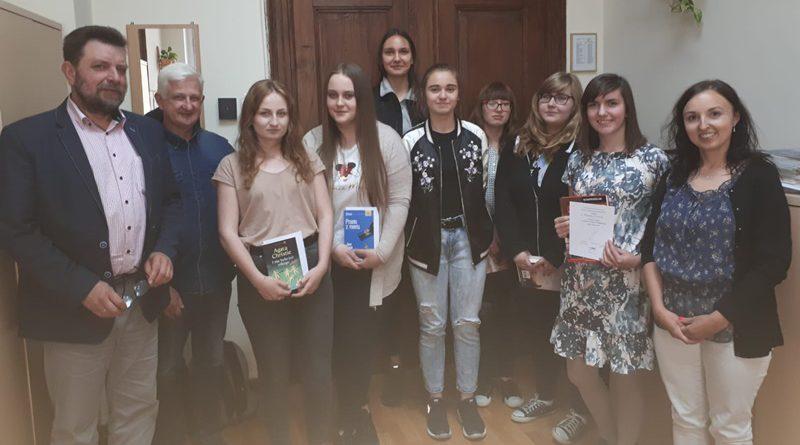 """SZKOLNY KONKURS KALIGRAFICZNY """"MISTRZ PIÓRA 2019"""""""
