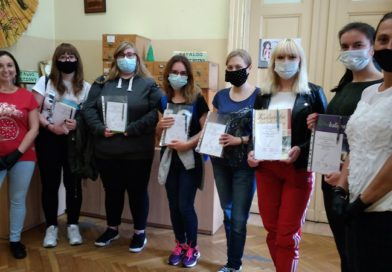 """SZKOLNY KONKURS KALIGRAFICZNY """"MISTRZ PIÓRA 2020"""" – ROZDANIE NAGRÓD"""